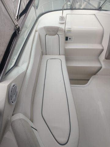 2011 Sea Ray boat for sale, model of the boat is 240 SUNDANCER & Image # 12 of 26