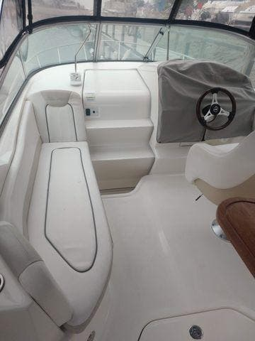 2011 Sea Ray boat for sale, model of the boat is 240 SUNDANCER & Image # 14 of 26