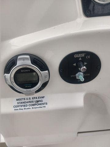 2011 Sea Ray boat for sale, model of the boat is 240 SUNDANCER & Image # 16 of 26