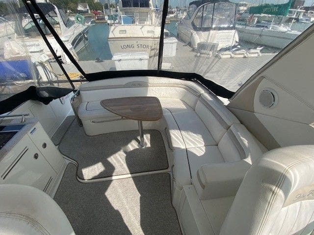 2011 Sea Ray boat for sale, model of the boat is 370 SUNDANCER & Image # 5 of 28