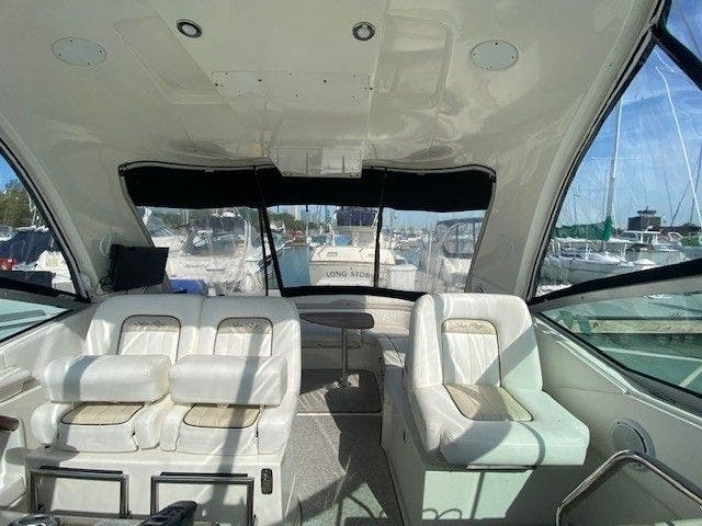 2011 Sea Ray boat for sale, model of the boat is 370 SUNDANCER & Image # 10 of 28