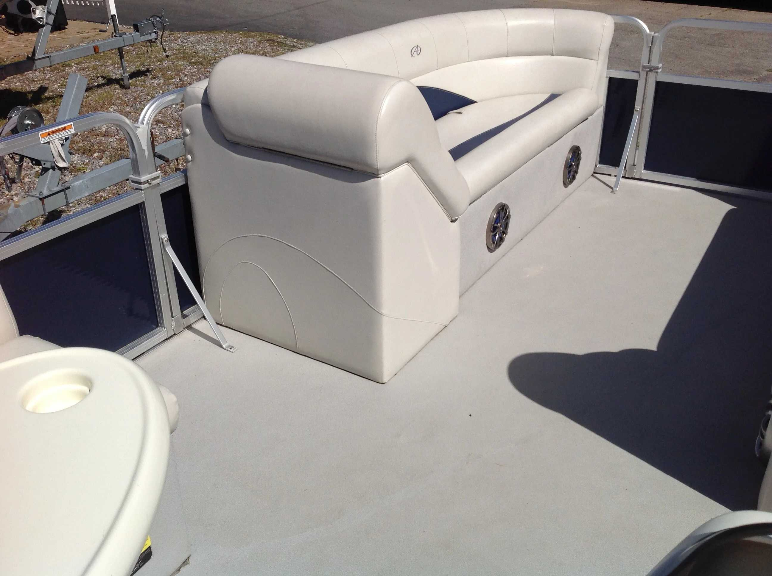 2012 Avalon boat for sale, model of the boat is Catalina Drl 2485 & Image # 6 of 14