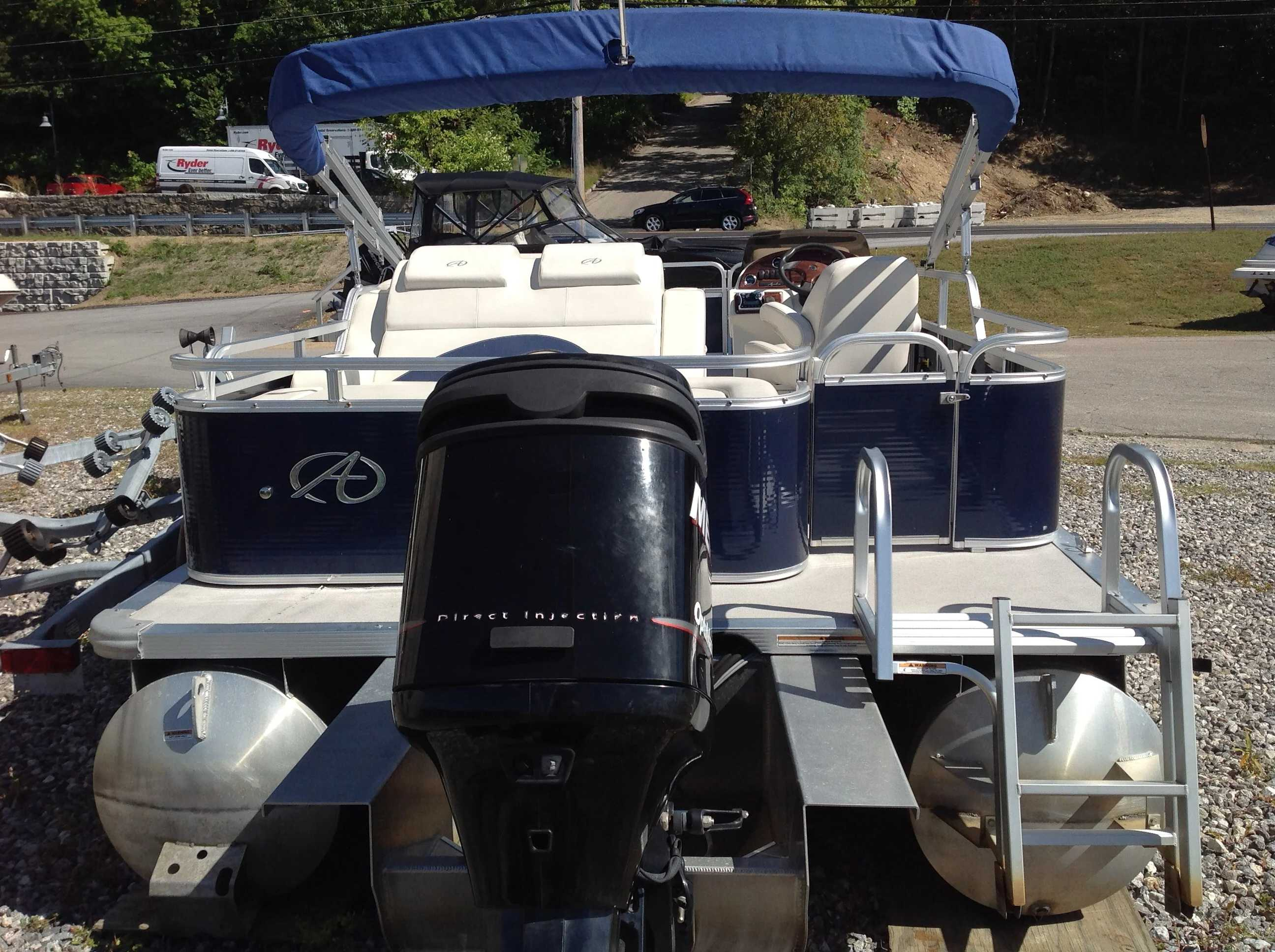 2012 Avalon boat for sale, model of the boat is Catalina Drl 2485 & Image # 14 of 14