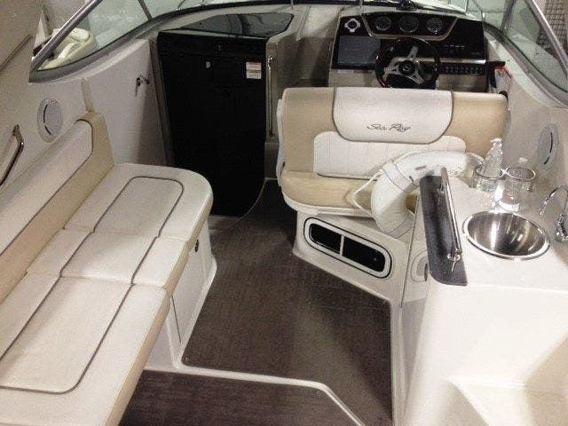 2012 Sea Ray boat for sale, model of the boat is 260 SUNDANCER & Image # 8 of 26