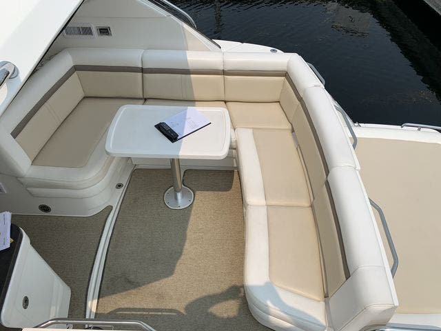 2012 Sea Ray boat for sale, model of the boat is 410 SUNDANCER & Image # 10 of 26