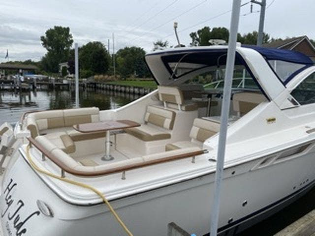 2012 Tiara Yachts boat for sale, model of the boat is 3100Coronet & Image # 3 of 22