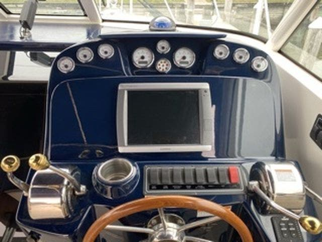 2012 Tiara Yachts boat for sale, model of the boat is 3100Coronet & Image # 6 of 22