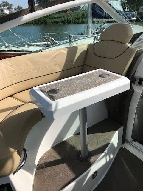 2013 Cruisers Yachts boat for sale, model of the boat is 380 EXPRESS & Image # 4 of 30