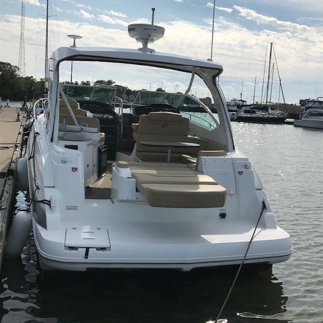 2013 Cruisers Yachts boat for sale, model of the boat is 380 EXPRESS & Image # 27 of 30