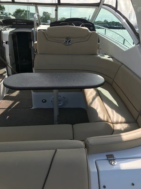 2013 Cruisers Yachts boat for sale, model of the boat is 380 EXPRESS & Image # 28 of 30