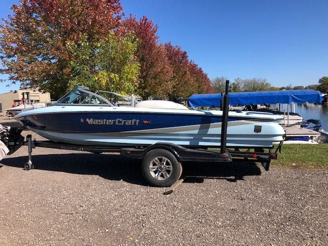 2013 Mastercraft boat for sale, model of the boat is 197 PROSTAR & Image # 4 of 25