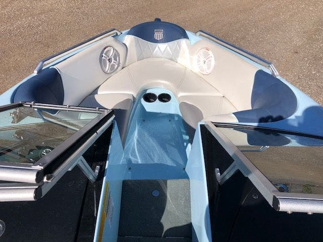 2013 Mastercraft boat for sale, model of the boat is 197 PROSTAR & Image # 8 of 25