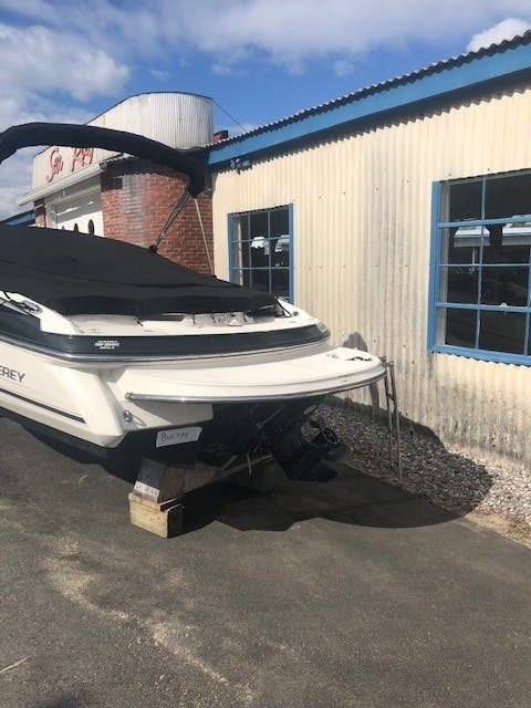 2013 Monterey boat for sale, model of the boat is 224 FSC CD & Image # 11 of 11