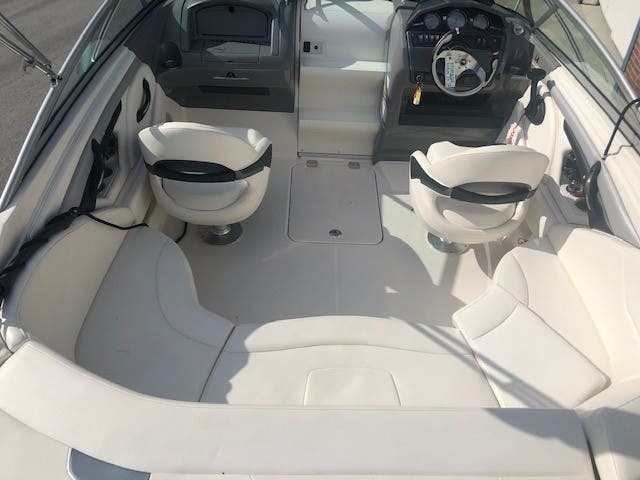 2013 Monterey boat for sale, model of the boat is 224 FSC CD & Image # 7 of 11