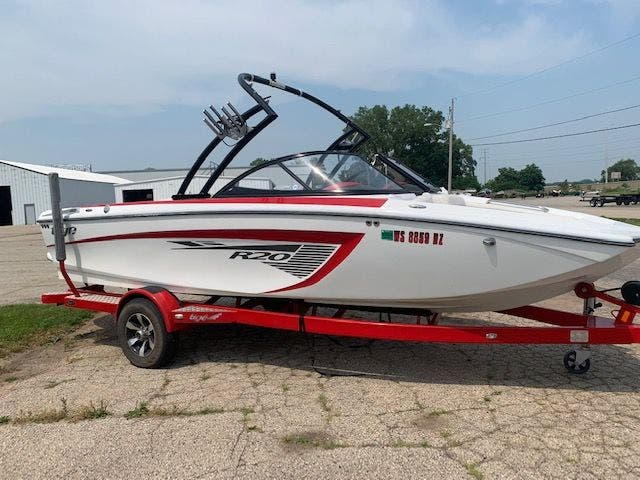 2013 Tige boat for sale, model of the boat is R20 & Image # 3 of 20