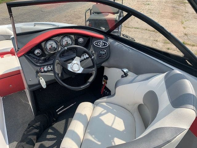 2013 Tige boat for sale, model of the boat is R20 & Image # 13 of 20