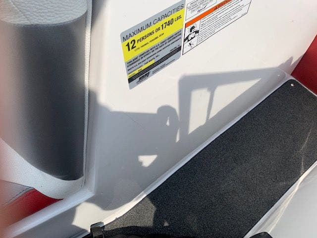 2013 Tige boat for sale, model of the boat is R20 & Image # 17 of 20