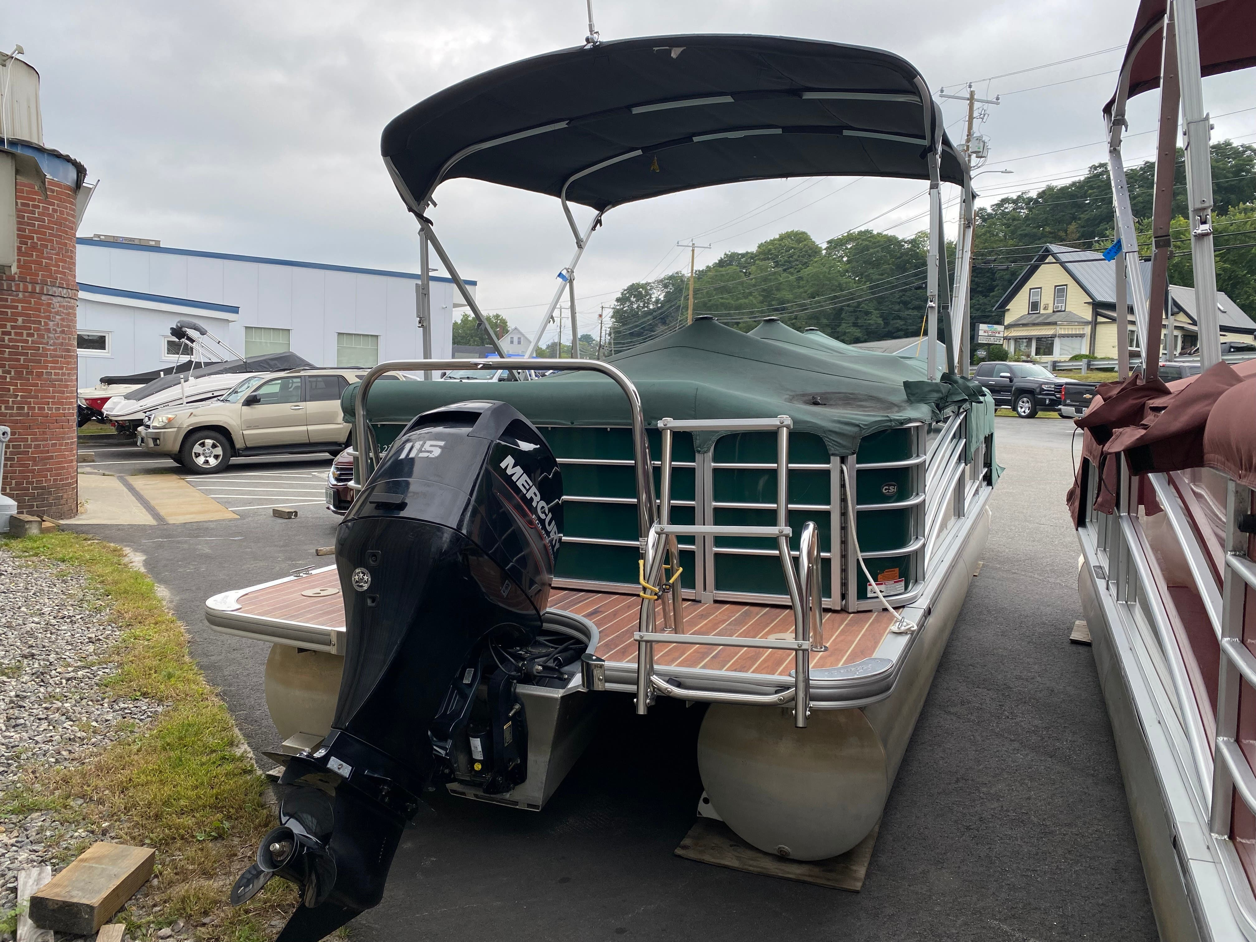 2014 Berkshire Pontoons boat for sale, model of the boat is 230 CL STS & Image # 3 of 9