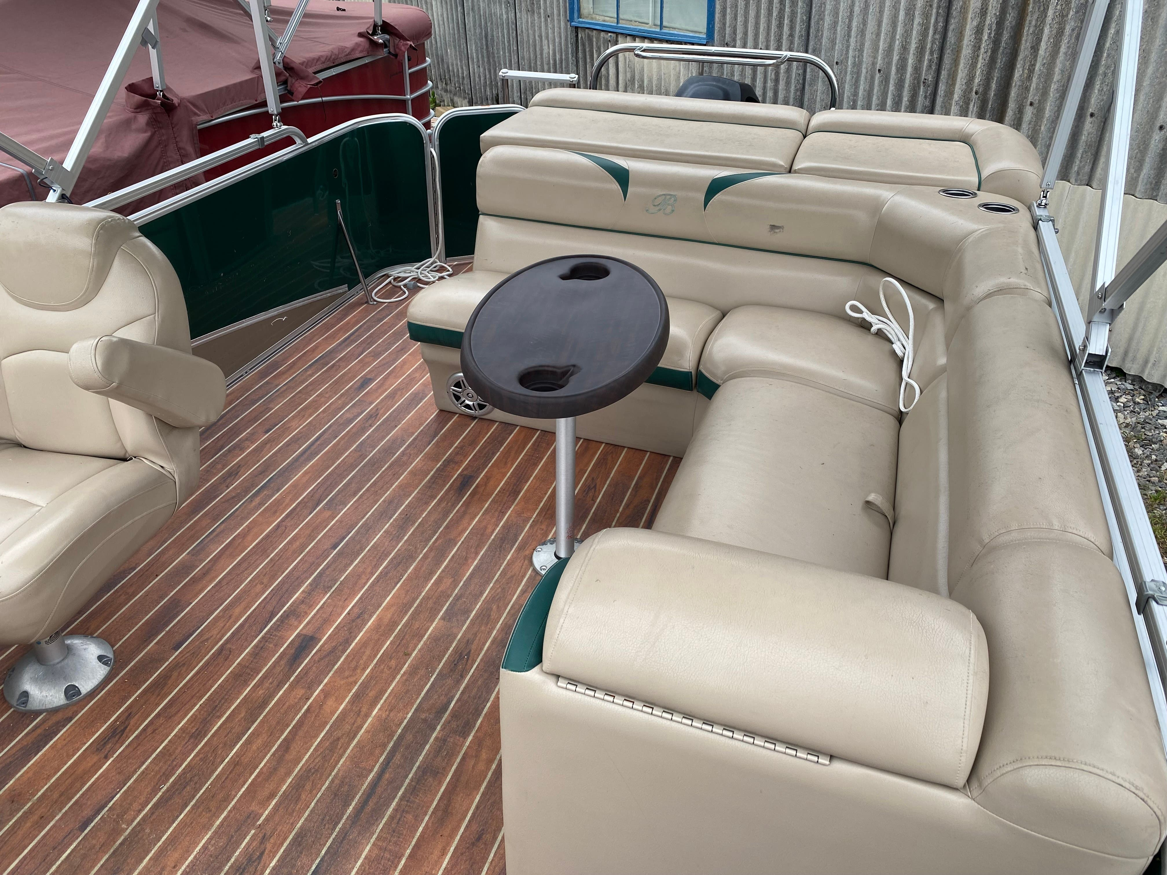 2014 Berkshire Pontoons boat for sale, model of the boat is 230 CL STS & Image # 5 of 9