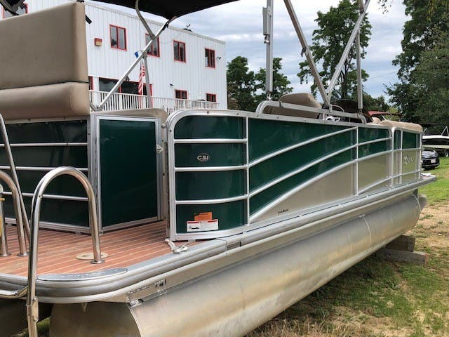 2014 Berkshire Pontoons boat for sale, model of the boat is 230 CL STS & Image # 4 of 9