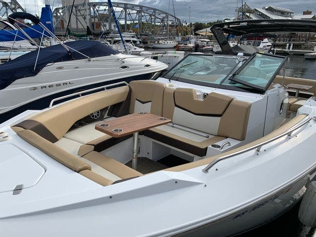 2014 Cruisers Yachts boat for sale, model of the boat is 328 CX & Image # 3 of 12
