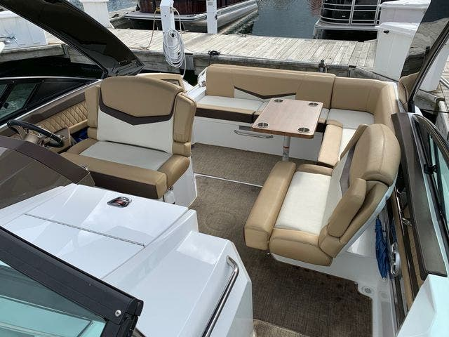 2014 Cruisers Yachts boat for sale, model of the boat is 328 CX & Image # 4 of 12