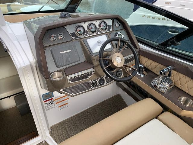2014 Cruisers Yachts boat for sale, model of the boat is 328 CX & Image # 5 of 12