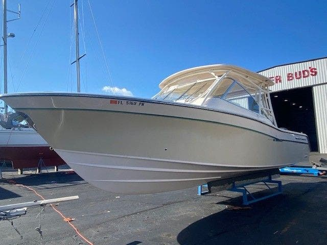 2014 Grady-White boat for sale, model of the boat is 335 FREEDOM & Image # 3 of 33