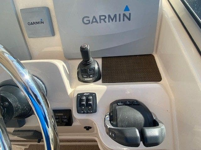 2014 Grady-White boat for sale, model of the boat is 335 FREEDOM & Image # 21 of 33