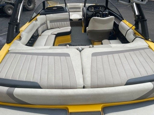 2014 Malibu boat for sale, model of the boat is 20 MXZ & Image # 8 of 20