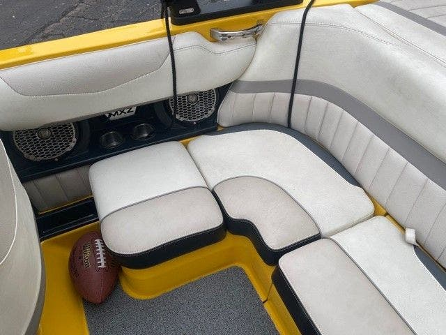 2014 Malibu boat for sale, model of the boat is 20 MXZ & Image # 9 of 20