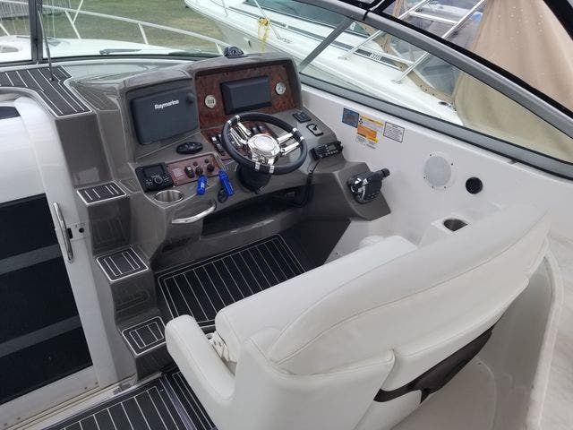 2014 Rinker boat for sale, model of the boat is 310 EC & Image # 11 of 34