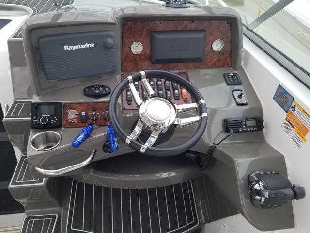 2014 Rinker boat for sale, model of the boat is 310 EC & Image # 12 of 34
