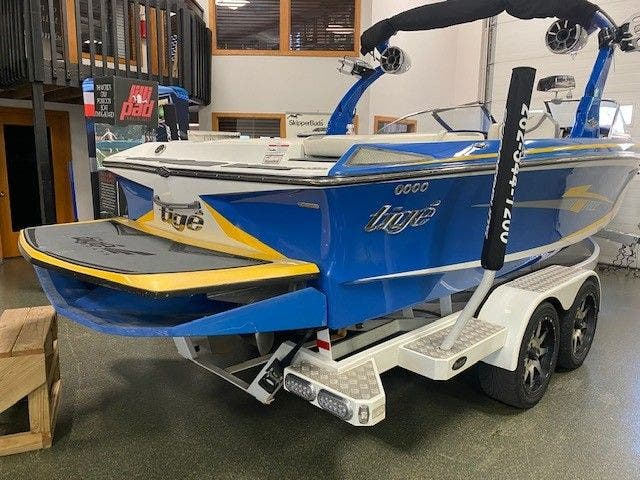 2014 Tige boat for sale, model of the boat is RZ2 & Image # 4 of 15