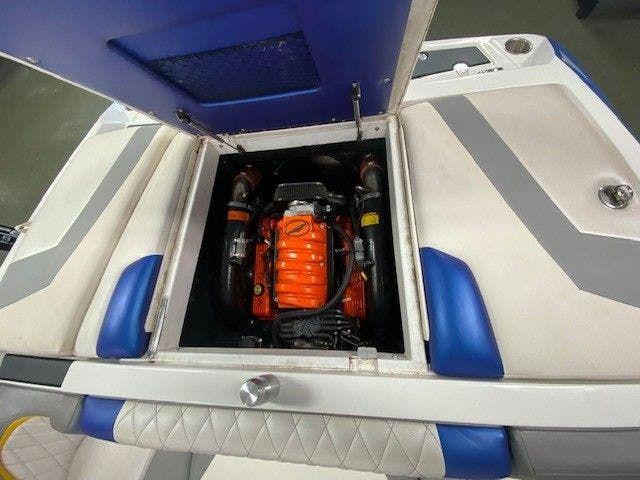 2014 Tige boat for sale, model of the boat is RZ2 & Image # 14 of 15