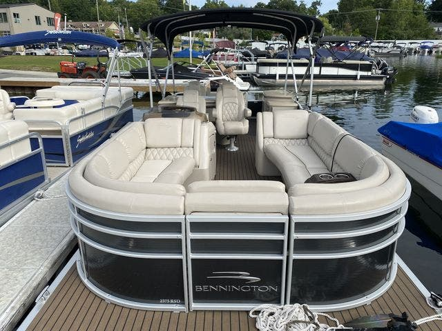2015 Bennington boat for sale, model of the boat is 2575 RSD & Image # 3 of 11