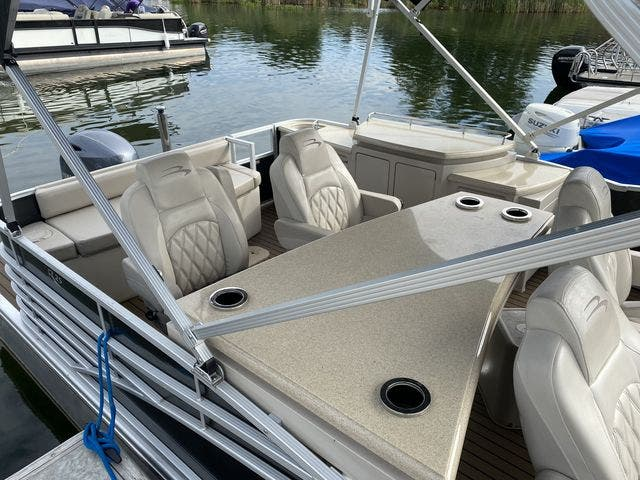 2015 Bennington boat for sale, model of the boat is 2575 RSD & Image # 11 of 11