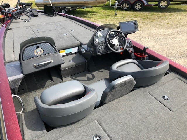 2015 Charger boat for sale, model of the boat is 396tf & Image # 3 of 13