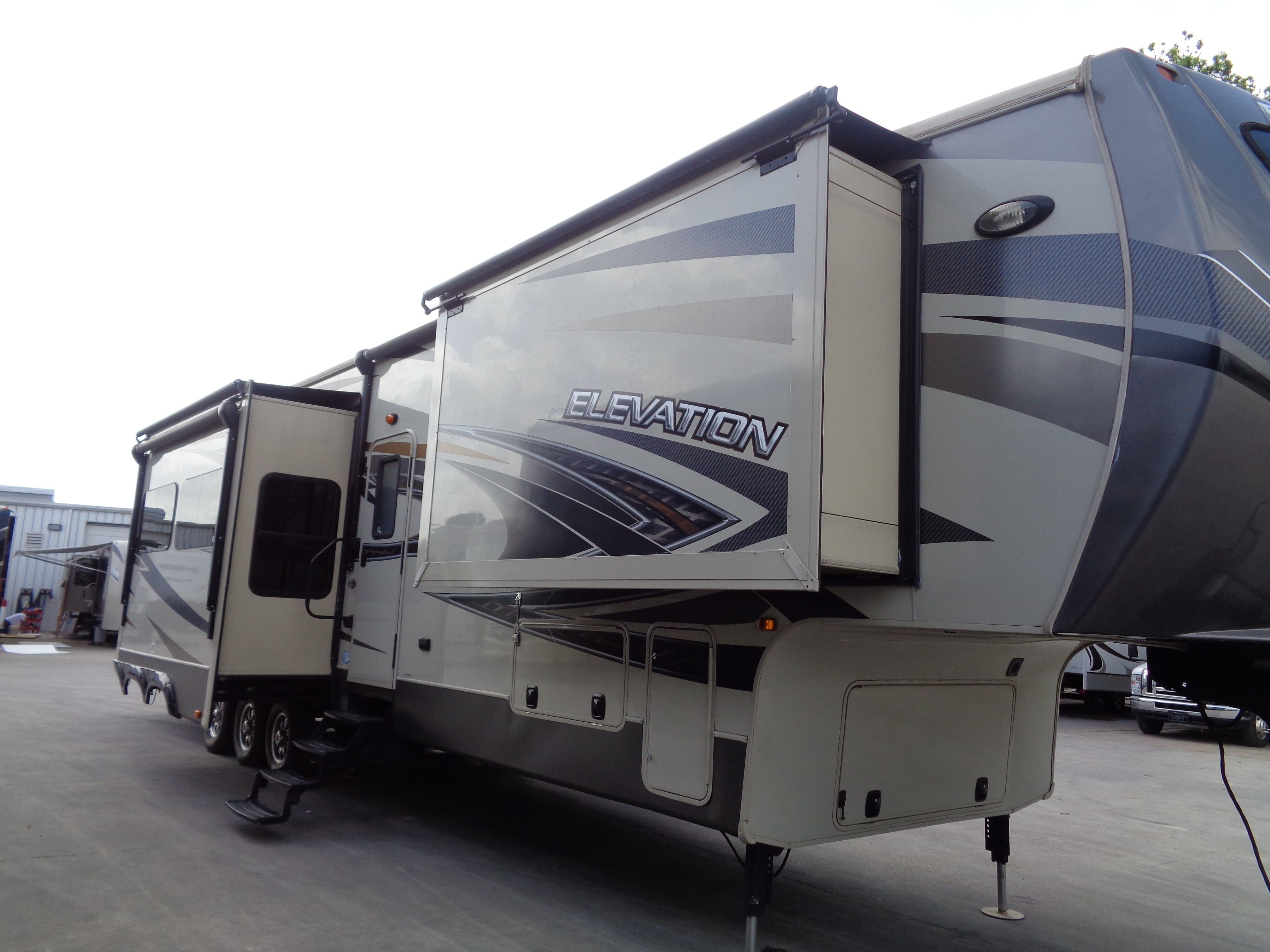 2015 crossroads elevation las vegas league city tx 30207 for sale holiday world rv dealerships in texas new mexico 2015 crossroads elevation las vegas league city tx 30207 for sale holiday world rv dealerships in texas new mexico