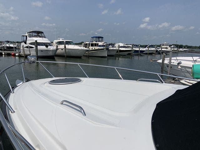 2015 Crownline boat for sale, model of the boat is 294 CR & Image # 3 of 18