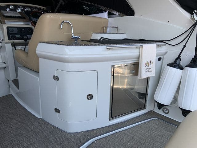 2015 Crownline boat for sale, model of the boat is 294 CR & Image # 5 of 18