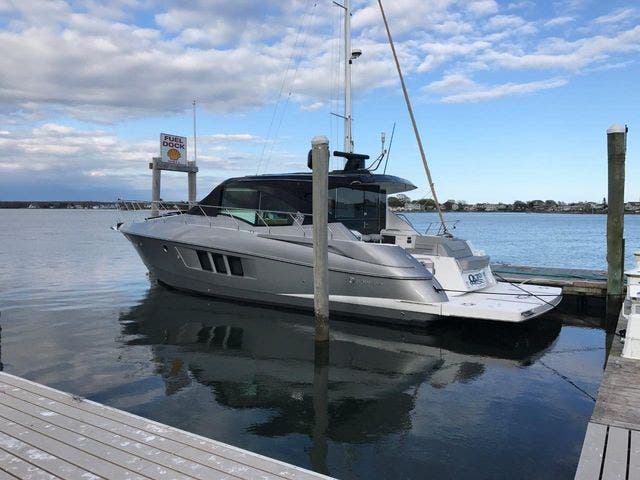 2015 Cruisers Yachts boat for sale, model of the boat is 45 CANTIUS BD & Image # 3 of 18