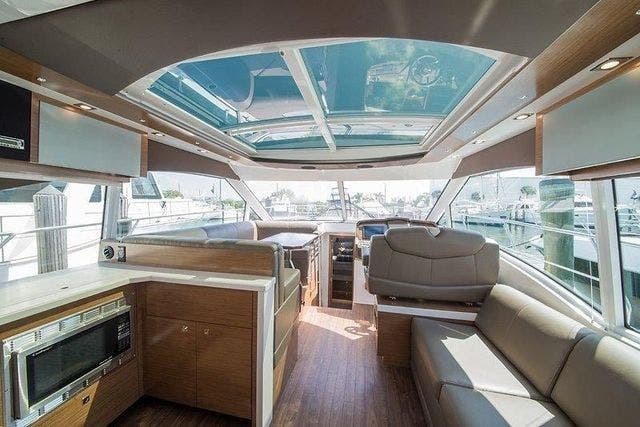 2015 Cruisers Yachts boat for sale, model of the boat is 45 CANTIUS BD & Image # 7 of 18