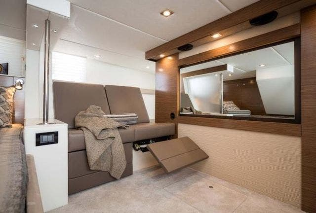 2015 Cruisers Yachts boat for sale, model of the boat is 45 CANTIUS BD & Image # 12 of 18