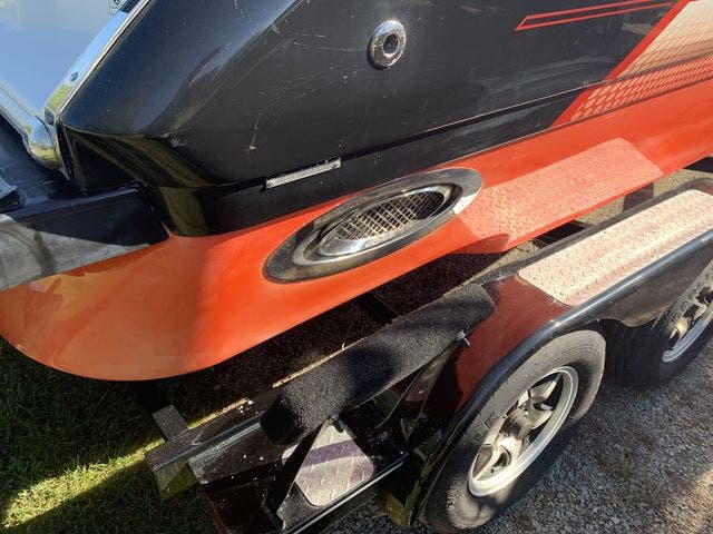 2015 Four Winns boat for sale, model of the boat is 210H & Image # 17 of 18