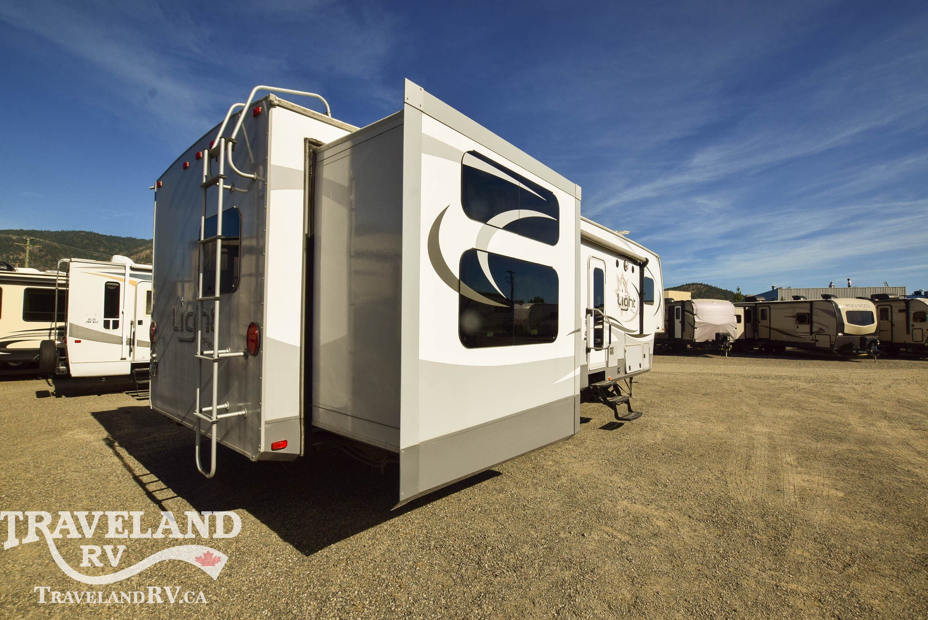 2015 Highland Ridge Open Range Light LF315BHS Thumbnail