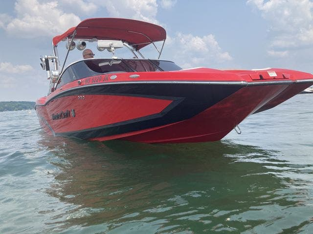 2015 Mastercraft boat for sale, model of the boat is X23 & Image # 3 of 19