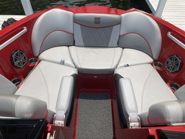 2015 Mastercraft boat for sale, model of the boat is X23 & Image # 14 of 19