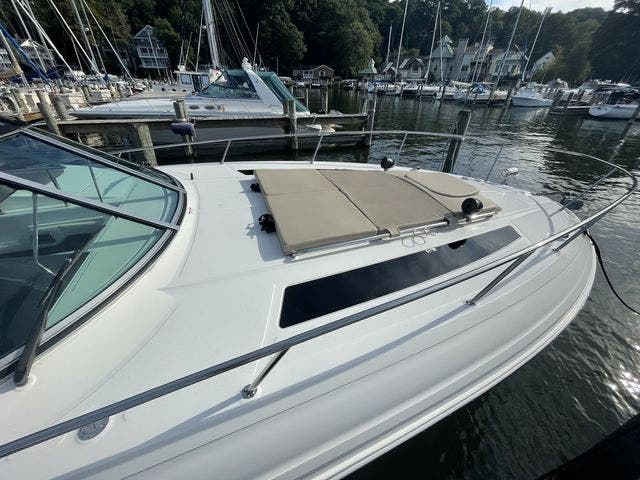 2015 Sea Ray boat for sale, model of the boat is 350 SUNDANCER & Image # 8 of 58