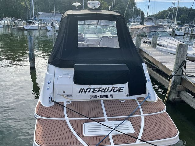 2015 Sea Ray boat for sale, model of the boat is 350 SUNDANCER & Image # 58 of 58